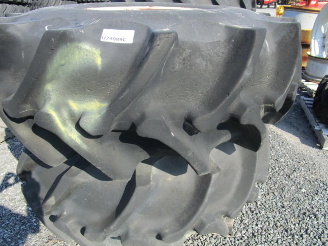 Roue et pneu 23.1X26  O