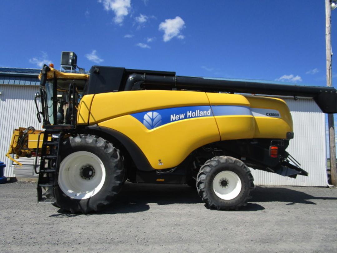 BATTEUSE NEW HOLLAND CX8080 - E